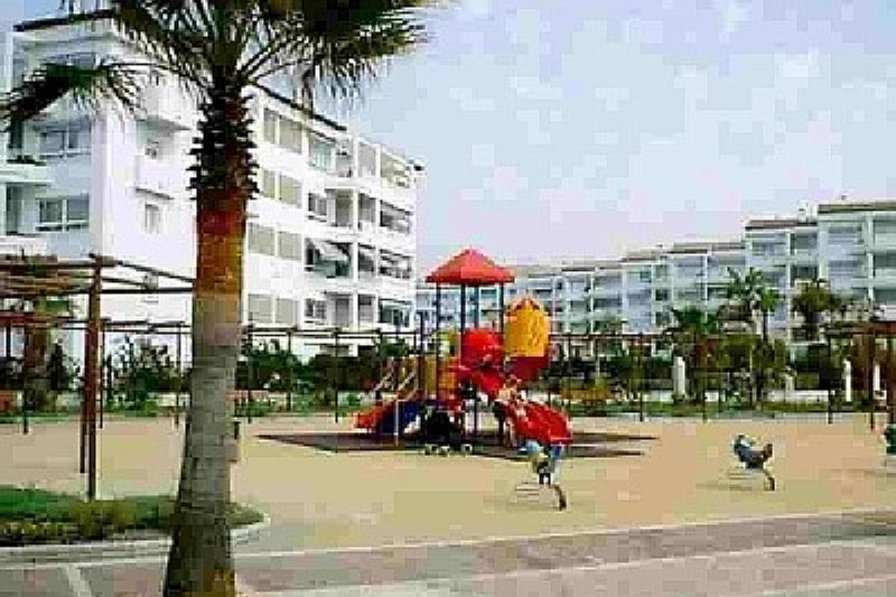 Apartment in Spain, Puerto Banús: Beach entrance