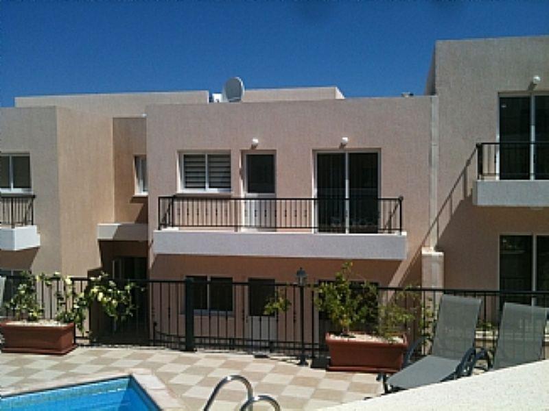 Apartment in Cyprus, Paphos: Exterior