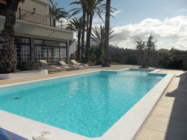 The Garden Villa - Playa Paraiso - 9 bedrooms - sleeps 20
