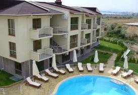 Large 3 Bedroom Apartment Central Location in St Vlas