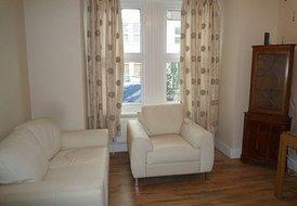 Large luxury 1 bedroom apartment London