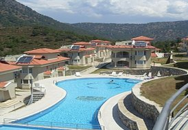 Stunning lakeside 3bed villa in Dalaman, Turkey