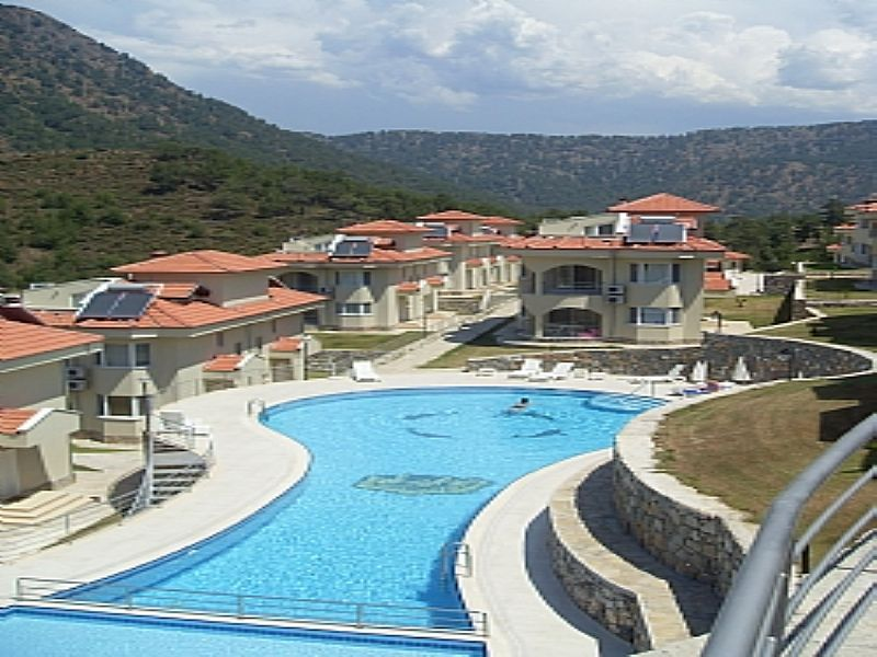 Villa in Turkey, Antalya - Mediterranean Coast: 1st pool behind villa