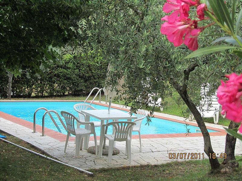 Villa in Italy, Castiglion Fiorentino: View from breakfast terrace