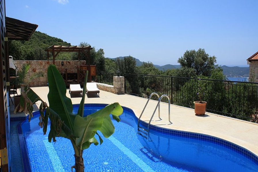 Villa Simena, luxury Pool- and Seaviewvilla, lot of space