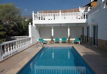 Villa in Spain, Callao Salvaje: Large sunny pool
