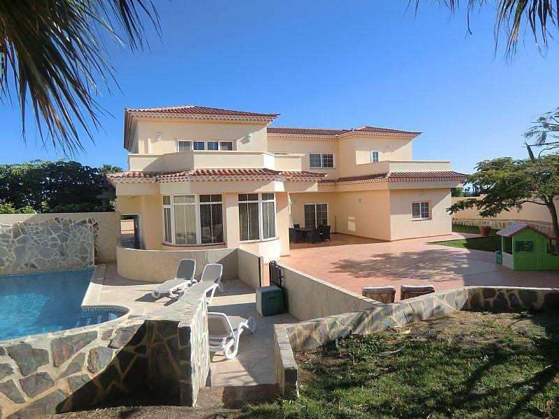 Villa in Spain, Golf del Sur: The HUGE villa
