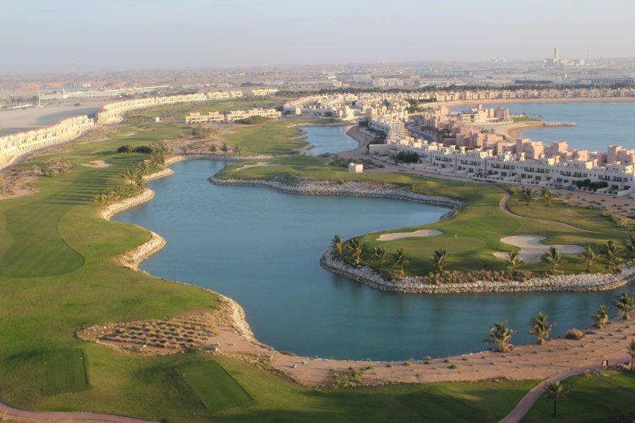 Al Hamra Townhouse on Golf Course