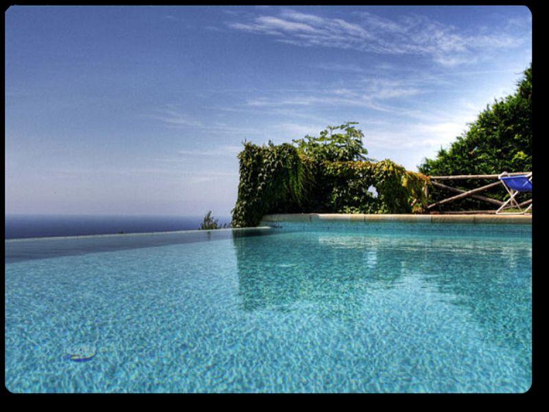 Villa in Italy, Sant' Agata sui due Golfi: swimming pool