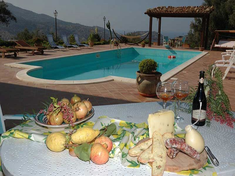 Villa in Italy, Messina