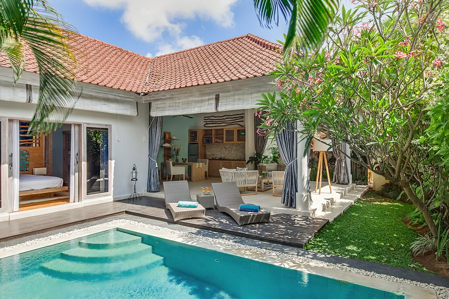 Villa to rent in seminyak bali with private pool 83706 for Anda garden pool villas