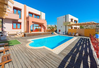 3 bedroom Villa for rent in Pefkos Resort
