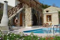Villa in Cyprus, Miliou: Villa Valencia - Exterior