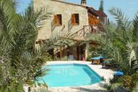 Villa in Cyprus, Miliou: Villa Amveli - Exterior & pool