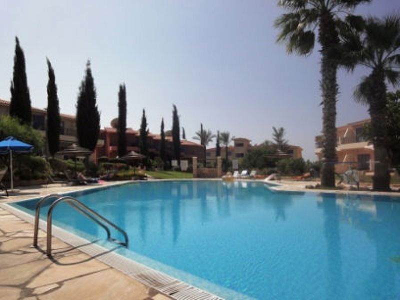 Apartment in Cyprus, Kato Paphos: our swimming pool