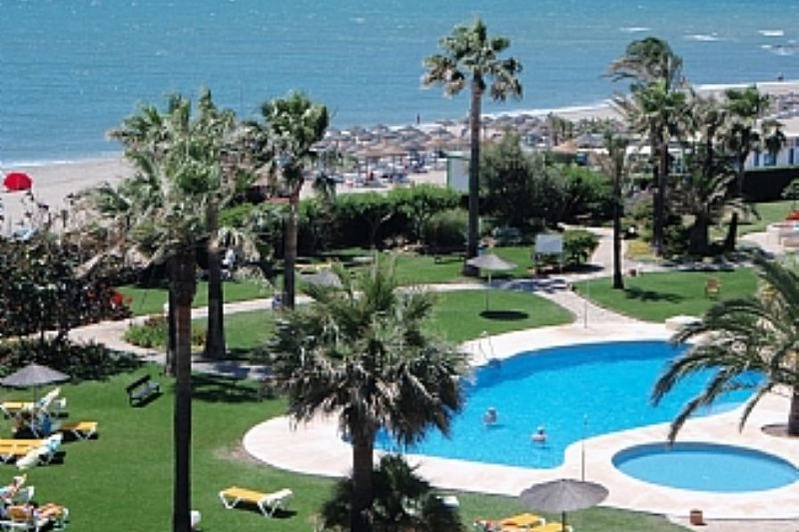 Studio apartment in Spain, Torrenueva: Pool and beach