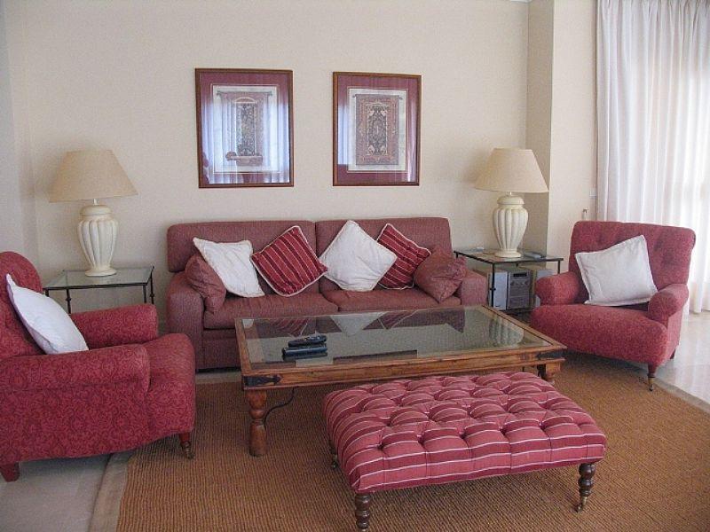 Apartment in Spain, Elviria: Lounge