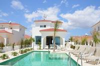 Villa in Cyprus, Ayia Thekla: One of the best front line villas in the Ayia Napa area