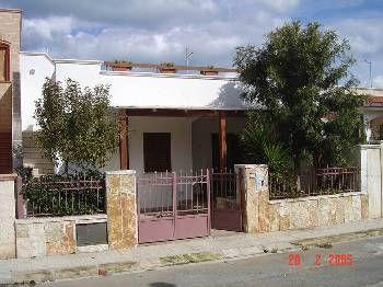 Villa in Italy, Ostuni: Gemma Beach House (Front)
