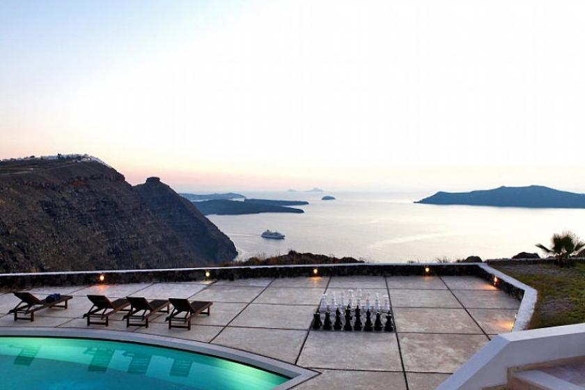 Villa In Imerovigli Greece With 5 Bedrooms Swimming Pool