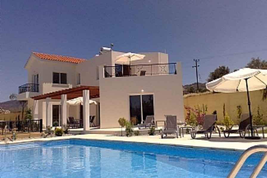 Luxurious 3bed villa with private pool Ayia Marina, Cyprus