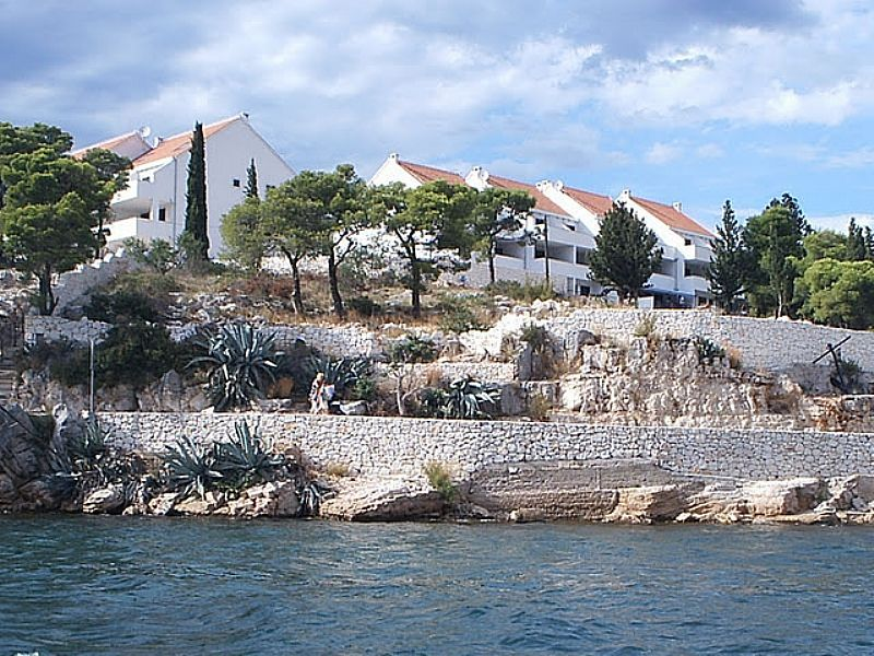 Apartment in Croatia, Milna: Right on the sea. the famous Bijaka Bay beach is meters from your door