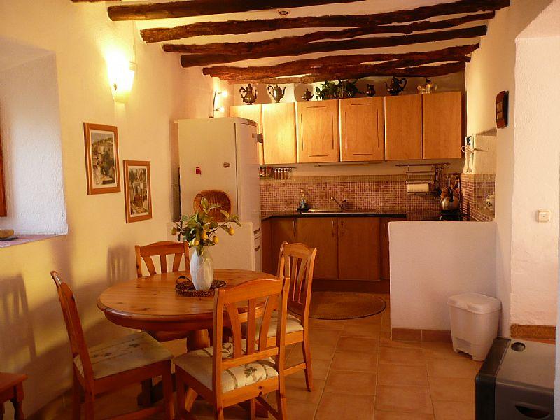 Village house in Spain, Lecrin Valley: Kitchen - Diner