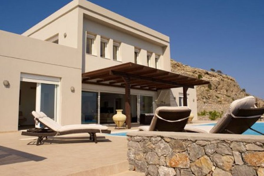 Out of this world 6bed villa with infinity pool in Rhodes