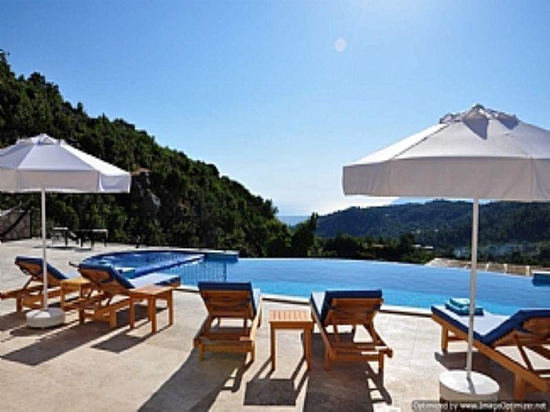 Villa in Turkey, Kalkan: Infinity pool and beyond