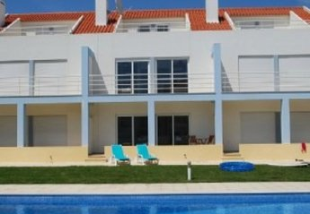 House in Portugal, Areia Branca: townhouse