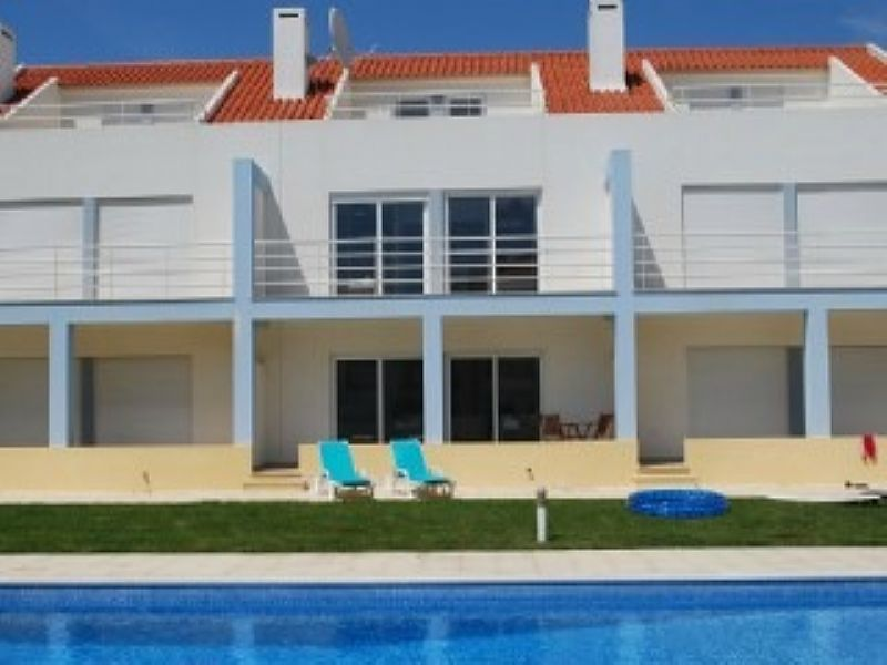 House in Portugal, Lourinha: townhouse