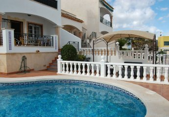 4 bedroom Apartment for rent in Villamartin