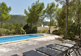4 bedroom Villa for rent in Sant Josep de sa Talaia