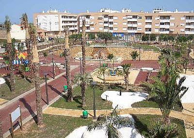 Apartment in Spain, Los Montesinos: Over looking the beautiful park in Los Montesinos