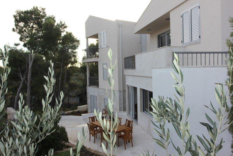 Owners abroad Villa Miravala- Free wifi