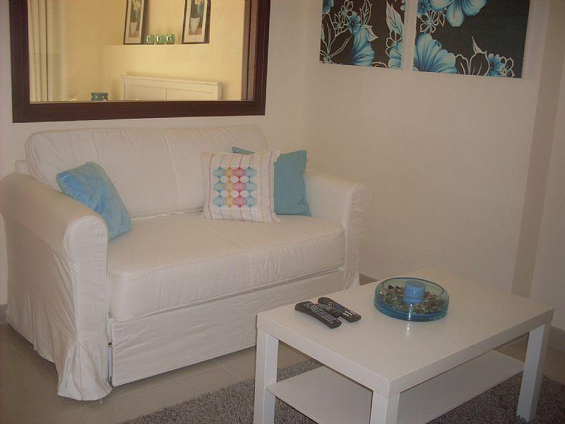 Apartment in United Arab Emirates, Ras al-Khaimah: living area