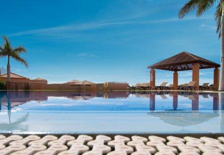 Villa in Golf Costa Adeje, Tenerife