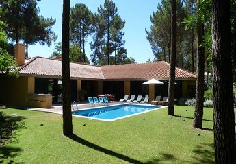 Villa in Portugal, Azeitao: outside