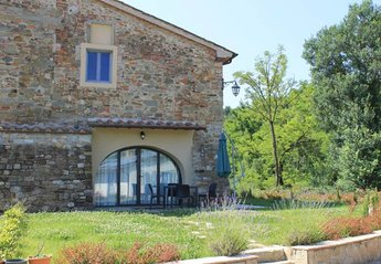 1 bedroom Farmhouse for rent in Pergine Valdarno
