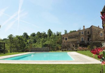 3 bedroom Farmhouse for rent in Pergine Valdarno