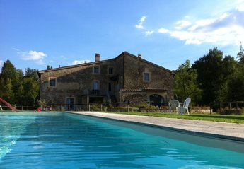 3 bedroom Farmhouse for rent in Pergine Valdarno