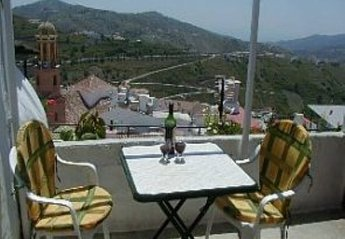 Village House in Spain, Cruz Del Monte: The roof terrace with breathtaking views