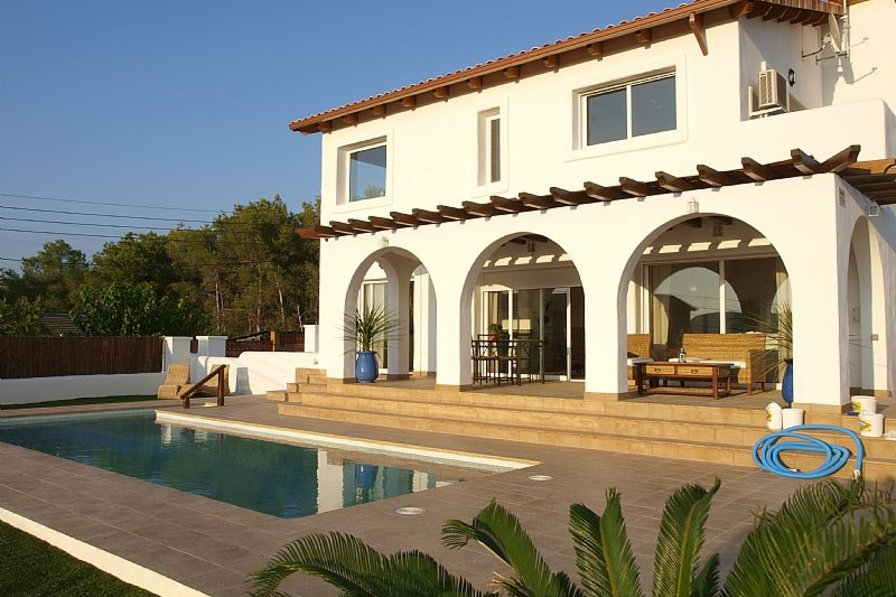 Beautiful house with swimming pool in Sitges Hills