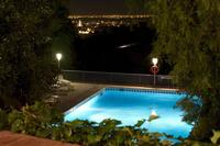 Villa in Spain, Oliva: Views at night over the town and sea
