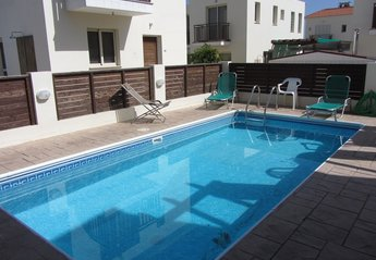2 bedroom Villa for rent in Kapparis