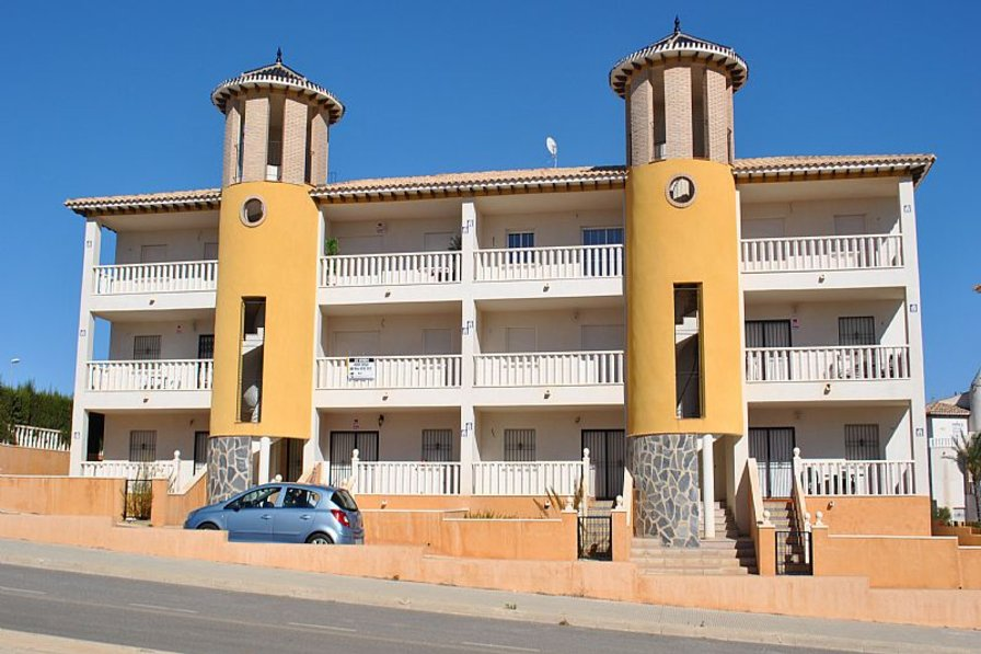 Apartment in Spain, La Cuerda y Lomas de Cabo Roig: Front