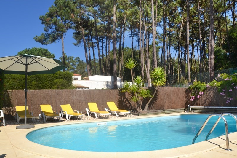 Villa in Portugal, Sintra: with lovely fenced pool
