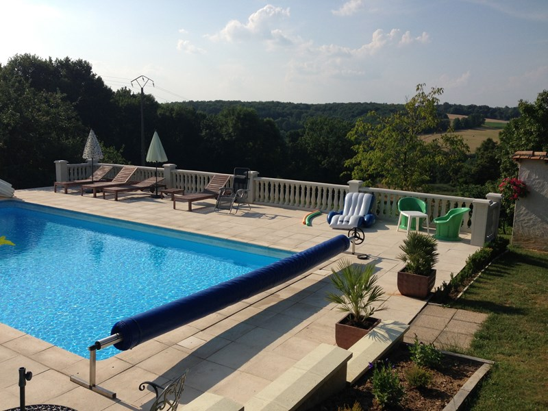 Cottage In Teyjat France With 3 Bedrooms Swimming Pool 85565