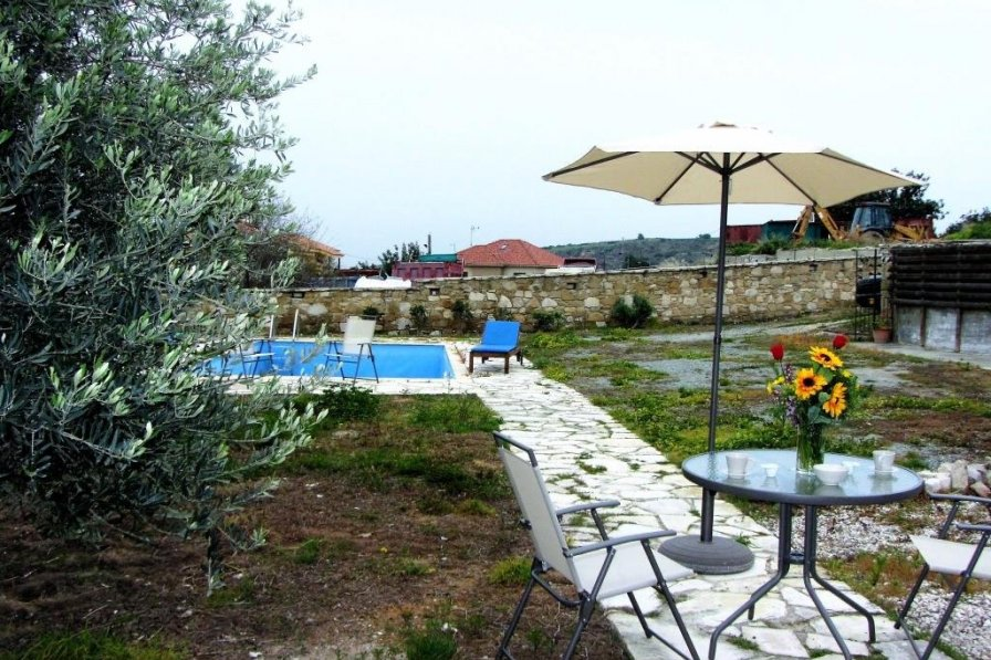 House To Rent In Tokhni Cyprus With Private Pool 8566