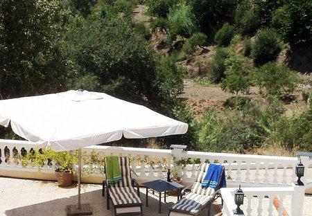 Villa in Válor, Spain: Sunbathing at Casa Tog